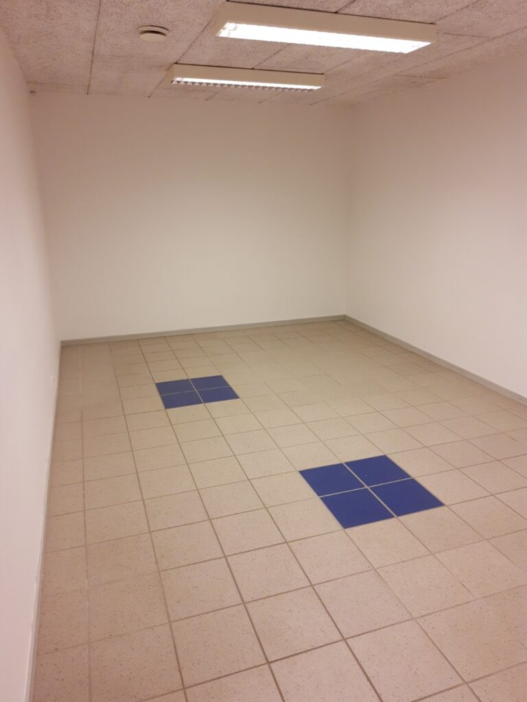 Erhvervslokale i Hadsten til udlejning - Lager / klinik / behandlerrum 2
